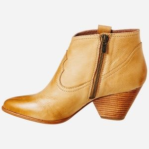 Frye | Reina Sand Leather Shortie Booties